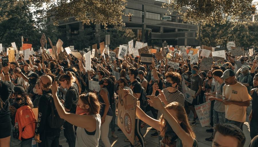 Demonstration i Charlotte, North Carolina i USA. Foto: Unsplash.